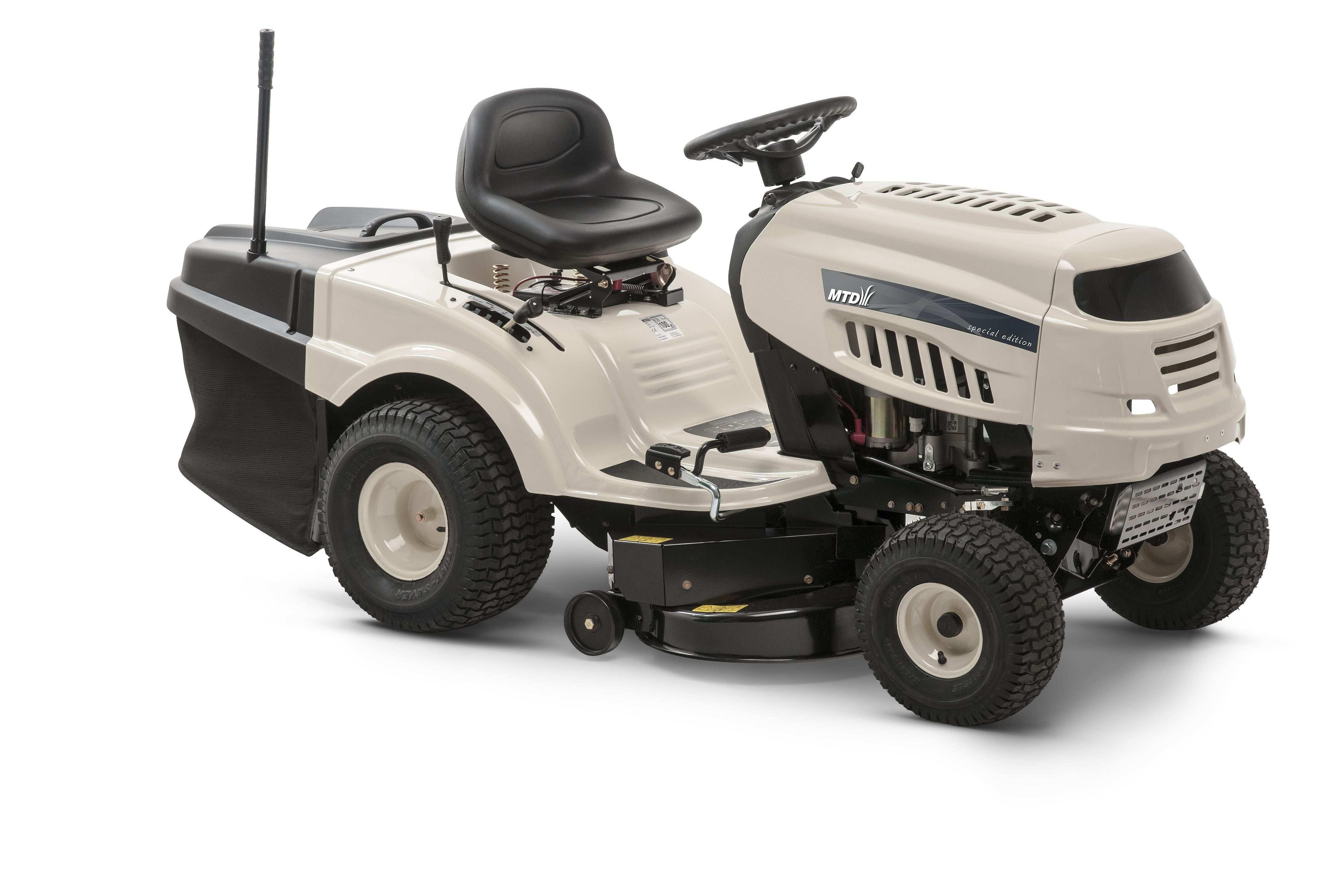 Travní traktor se zadním výhozem Beige DL 92 T MTD