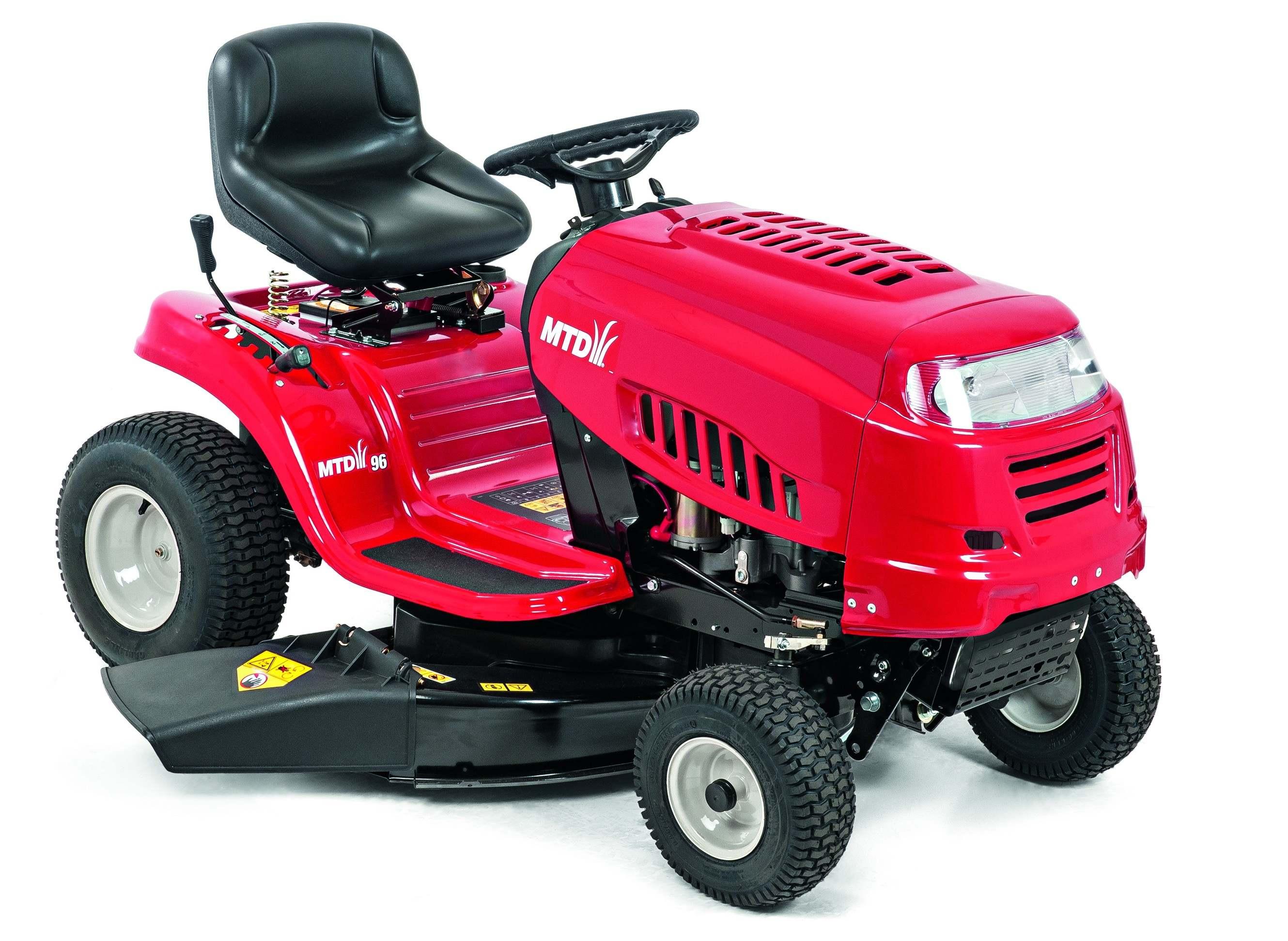 Travní traktor s bočním výhozem MTD 96