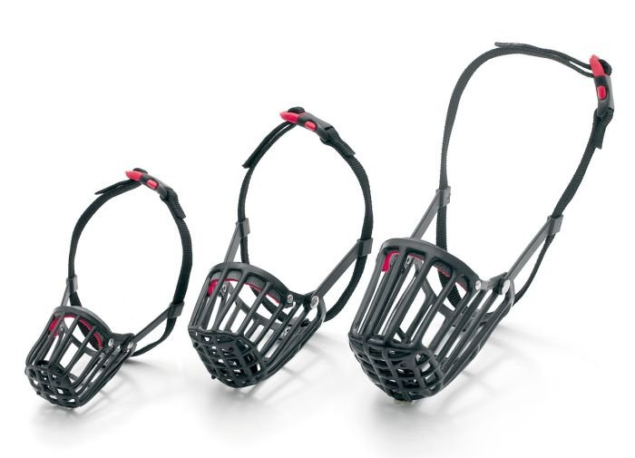 Karlie-Flamingo Náhubek plastový černý D: 32cm Š: 32-54cm