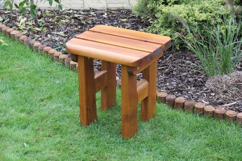 Zahradní dřevěná stolička Liška FINLAND s povrchovou úpravou