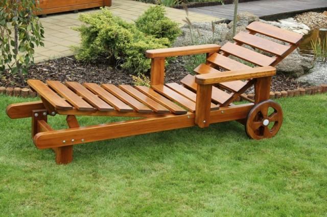 Zahradní dřevěné lehátko bez povrchové úpravy