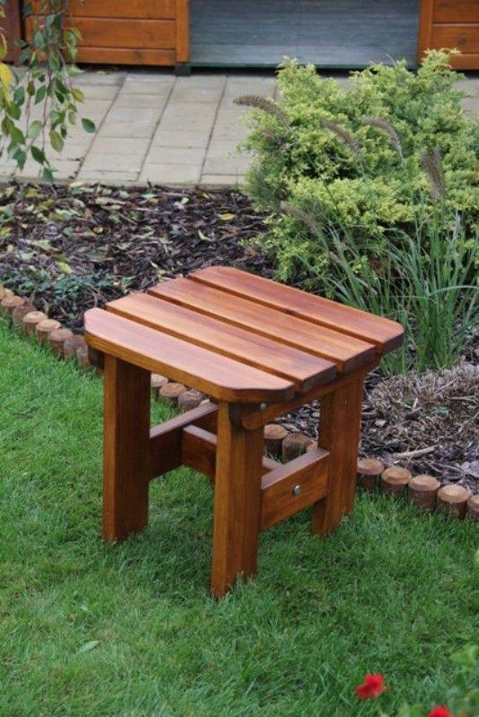 Zahradní dřevěná stolička Liška ORB s povrchovou úpravou