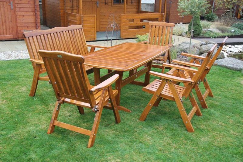 Zahradní dřevěný set RULEN VI. s povrchovou úpravou