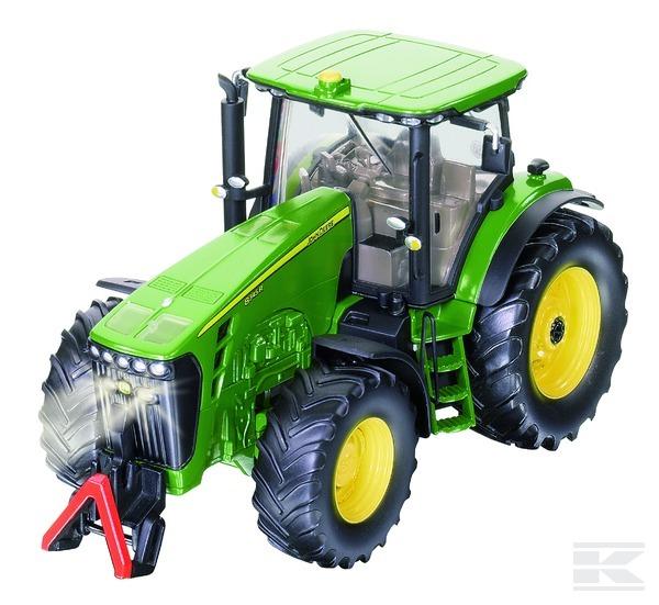Traktor John Deere 8345R se sadou řízení SikuControl 32 SIKU