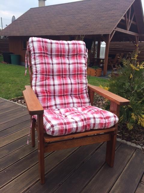 Čalounění na zahradní dřevěnou lavici SEVILA
